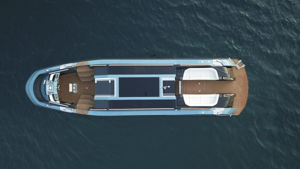 yacht charter corfu luxury transfer limo vision yachting 12