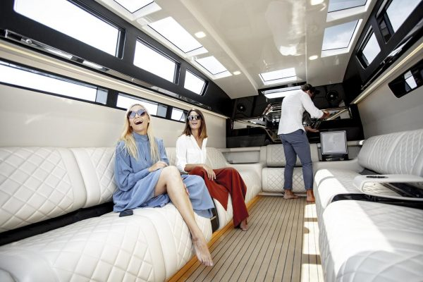 yacht charter corfu luxury transfer limo vision yachting 17