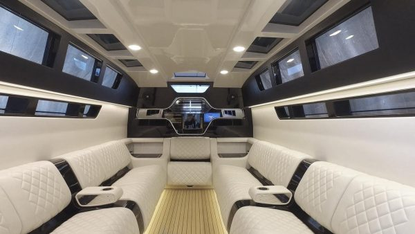 yacht charter corfu luxury transfer limo vision yachting 18